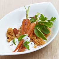 Fried carrots with almond bulgur,